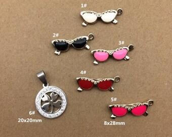 10PCS, Enamel Charm, Glasses Charm, White Flower Pendant, Jewelry Charm, Craft Supplies, Gold Tone