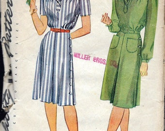 """Vintage 1944 Simplicity 1046 WWII Yoked  Inverted Pleat Dress Sewing Pattern Size 14 Bust 32"""""""