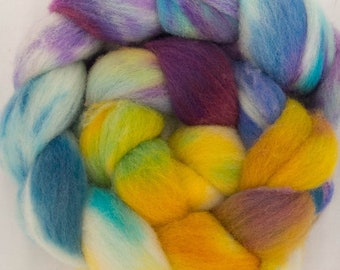 Hand dyed fibre,  Charollais, hand dyed top, Handspinning, spindling, fiber, fibre, wool sliver, felting materials, felting projects, spin