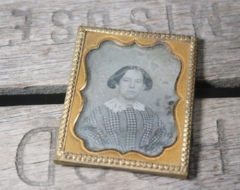Antique Daguerreotype Photograph of a Young Woman with a Lace Collar in a Metal Frame, 1/9 Plate (2 x 2.5 Inches)