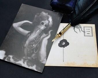 "Lovecraftian Horror ""Lorie"" | H.P. Lovecraft | Postcard | Dark Horror Portrait | Gift Idea"