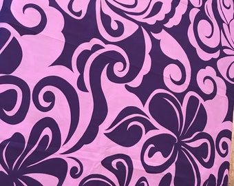 5.5 YARDS Hawaiian Fabric Purple Flowers Flower Plumeria Frangipani Island Fabrics Tiki Bar Hawaii Vintage Dress Muumuu