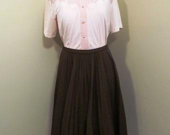 Vintage 1960s brown accordion pleat skirt