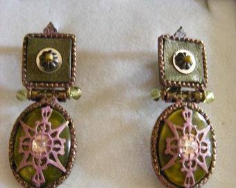Lovely Pair Of Old Vintage Unusual Earrings