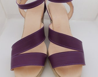 Women's wedge sandal in leather