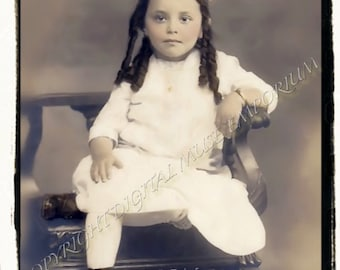 Instant Download Vintage Photograph - Pretty Girl with Big Bow