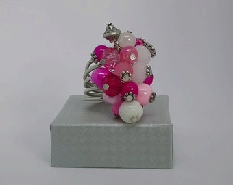 Adjustable ring white pink tones glass beads