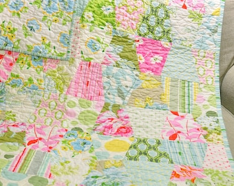 Baby Tumbler Quilt Girl Blanket Vintage Inspired Shabby Chic Style Nicey Jane Fabric by Heather Bailey