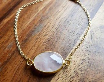 Bracelet pink Jade stone gold links