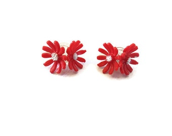 Daisy Earrings 60s Flower Power Clip On Mod Hippie Red Daisies Costume Jewelry