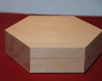 Hexagonal box made of wood blank
