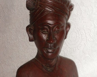 Carved Wood Bust Sculpture Warrior Man Klungkung Asian Bali Tribal Vintage Statue