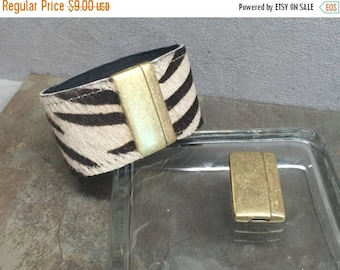 On Sale NOW 25%OFF 40mm Smooth Rounded Magnetic Clasp For Up To 40mm Flat Leather Cord - Antique Brass - C1270 - Qty 1