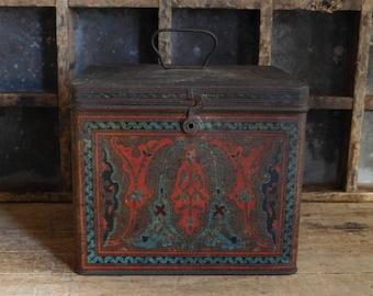 Primitive Biscuit Tin Box, Uneeda Biscuits, National Biscuit Company