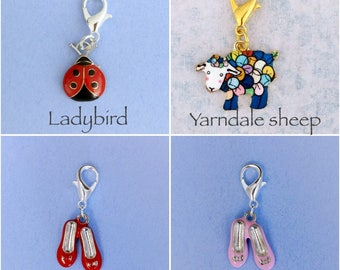 Choose your enamelled stitch marker / progress keeper. Silver plated with 14mm lobster claw clasp. For crochet or knitting.