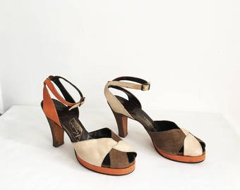 Vintage RARE 40s 1940s Silk Size 8 38 Orange Beige Brown Platforms Peep Toe Ankle Strap Heels Size Pin up Rockabilly VLV Shoes 1950s 50s