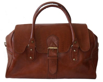 Vintage Style Genuine leather overnight bag/ Duffle  bag in Tan
