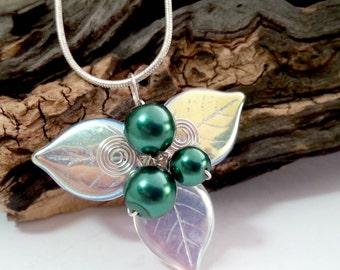 Emerald Green Woodland Triquetra Necklace