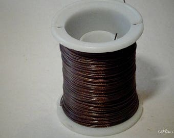1 meter - 0.45 mm jewelry wire. Brown color
