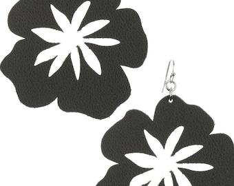 Cutout Leather Look Five Petal Flower Earrings - Gray