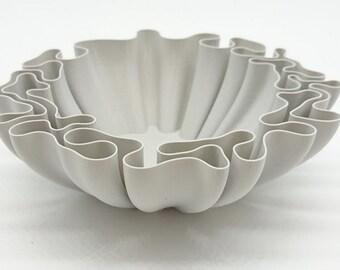 Wavy Bowl - Decorative bowl - Housewarming gift - Home decor