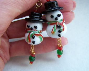 Christmas Snowmen Lampwork Glass Dangle Earrings Doodaba Red Green