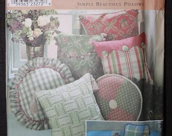 Simplicity 8859   Simply Beautiful Pillows
