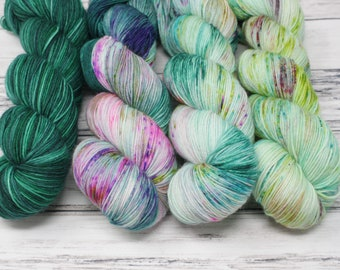 mint to teal sock fade, so faded sweter, yarn kit, sock yarn, hand dyed yarn, what the fade, featherweight cardigan, free your fade