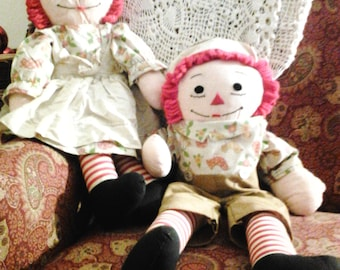 "25"" Hand sewn Raggedy Ann and Andy dolls"