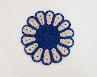 Vintage Pot Holder Handmade Crocheted Flower