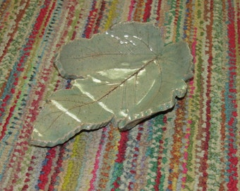 Green Ceramic Leaf Dish