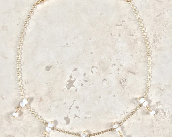 NICELLE Shaker Choker Necklace    Moonstone    Labradorite    Gold    Silver