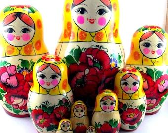 Nesting Dolls 10 pcs Russian matryoshka Authentic babushka Stacking wooden toy Wedding or Birthday gift for mom grandma grandmother daughter
