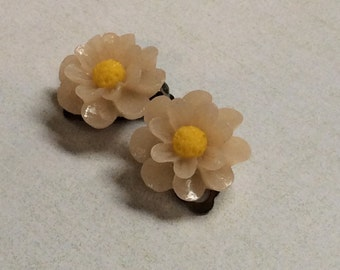 Blush pink, yellow centred daisy clip earrings.Antique plated clip earrings.
