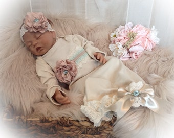 Newborn Girl Coming Home Outfit, Newborn Gown, Bring Home Outfit, Baby Girl Take Home Outfit, Newborn Girl Layette