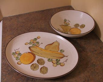 Pair of Vintage 1960s Metlox Poppytrail Tropicana Serving Pieces: Vegetable Bowl and Platter