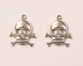 Set of 2 skull and cross bone charms