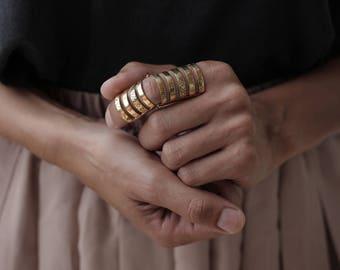 Articulé or ou argent armure rocker hipster haute couture style anneau ajustable - blanc ou jaune bronze
