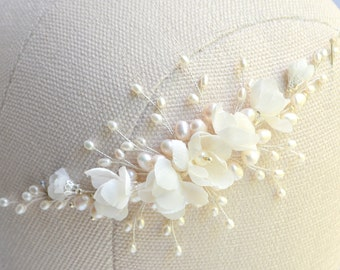 Bridal hair piece Pearl headband Bridal headpiece Wedding hair piece Bridal hair vine Wedding hair vine Flower hair vine Flower hair piece