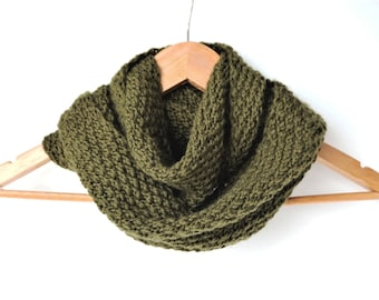 Hand knitted bulky cowl - neck wrap - infinity scarf - neck warmer - women men cowl - olive green - moss green