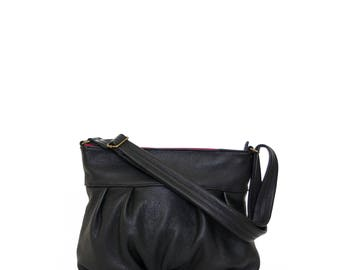 Ruche Mini in Onyx Black, Market Bag, Pleated Hobo, Ruche Bag, Black Leather Purse, Pleated Market Bag, Zipper Top Hobo, Ready to Ship
