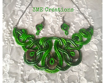 Green knotted necklace and earrings