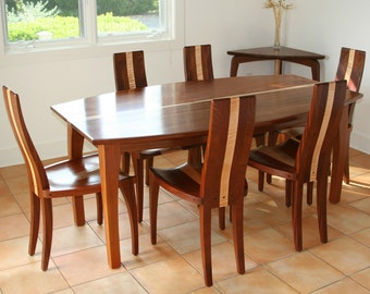 """Dining Table, Oval Dining Table, Solid Wood Dining Table, Mahogany, Boat Shape Top, """"Beetleback"""""""