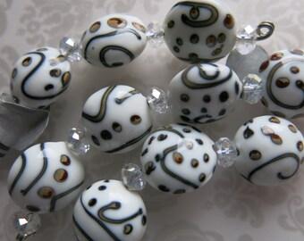 Lamp work Beads, Set of 4, Handmade Glass, Handpainted, 16mm, 1.5mm holes, Delightfully cheerful! Unisex