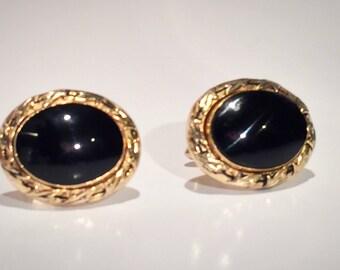 Vintage SWANK Cufflinks,Black Oval Onyx,Gold Tone Frame,Mad Men Era,Large Oval Cufflinks,Formal Wear,Vintage Suit & Tie