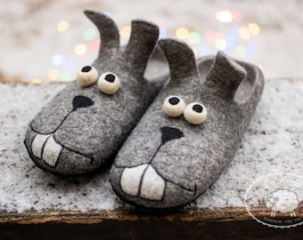 Mens gift for him Fathers day Gift Easter bunny Slippers Funny gift Mens Slippers boiled wool slippers Felted Wool Slippers men Rabbit Shoes