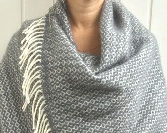BLANKET SCARF WOOL Oversized Grey and White Wool Wrap Shawl Wool Cape Large Wool Scarf New Zealand Wool Gift for Mom Mothers Day Gift