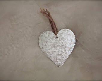 5 metal tin heart Ornaments  //  heart metal tags rustic // wedding favors decor, heart ornaments (5 pieces)