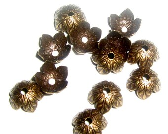 6 Antique Brass Leaf Embossed Bead Caps 9mm - (bcb8vjsr354)