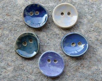 5 stoneware round buttons mixed blue - 3.6 cm diam about